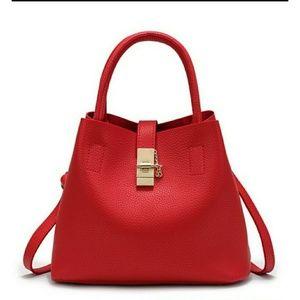 Handbags - *NEW* Beautiful Red Gold Locket bag